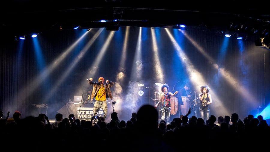 Φωτοντελίριο από τη συναυλία των Stereo MC's στο Principal Club Theater