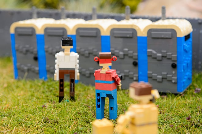 glastonbury-lego-3