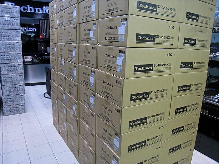 1200_shipment3_bg