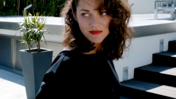 marion-cotillard-snapshot-in-la-music-video-0