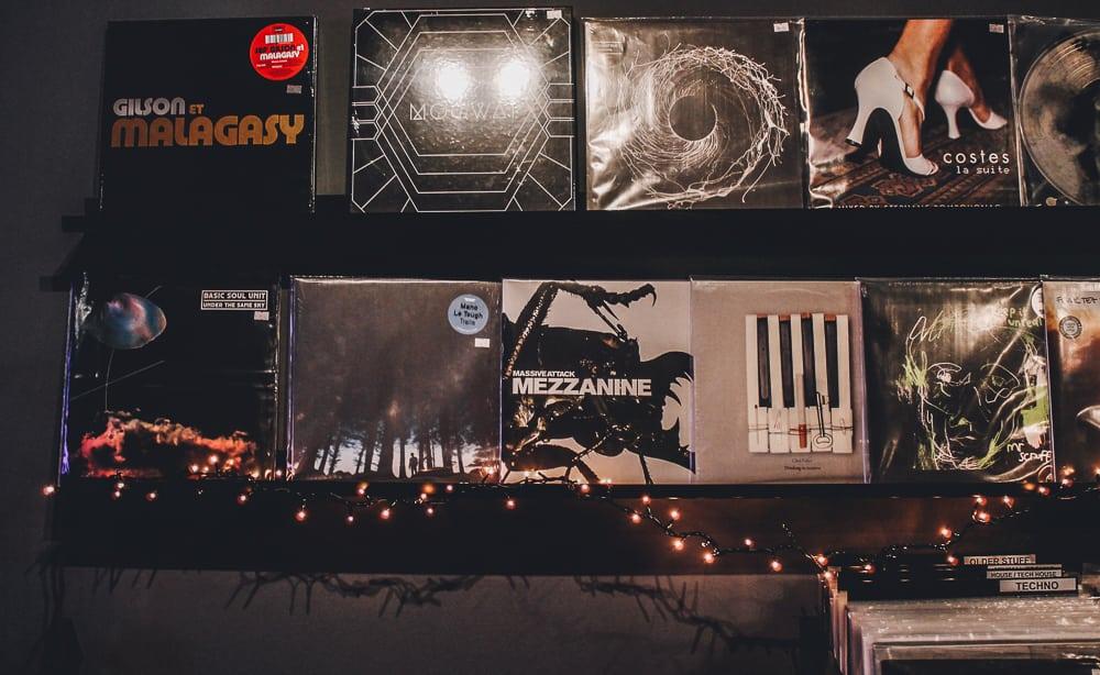 """Vinyl Salvation"", το δισκοπωλείο όπου η μουσική θέτει τον πήχη ψηλά!"