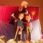 Η θεατρική παράσταση «ΠΙΝΟΚΙΟ ένα διαφορετικό αγόρι» επιστρέφει στο θέατρο Αμαλία!