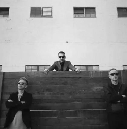 Δείτε το βίντεο των Depeche Mode για το Where's The Revolution!