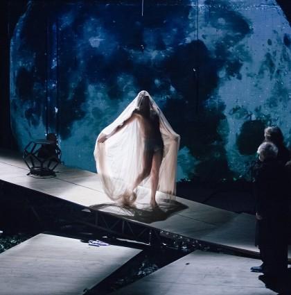 Ο Καλιγούλας, το κορυφαίο έργου του Αλμπέρ Καμύ, έρχεται στο Μέγαρο Μουσικής Θεσσαλονίκης!