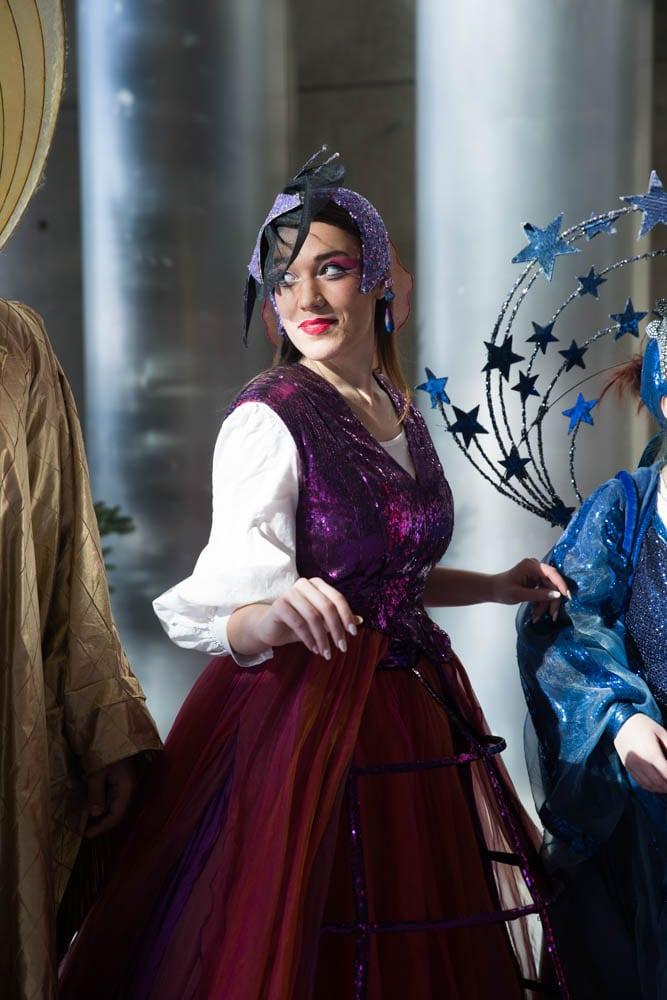 Η Σοφία Μπερμπερίδου μας μιλά για τον »Μαγικό Αυλό» και το πως είναι να κρίνεσαι από παιδιά