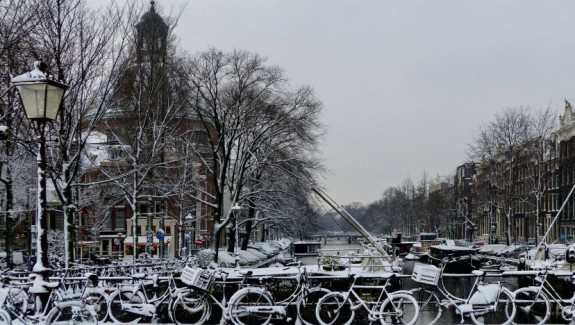 amsterdam_singel_snow1-980x550