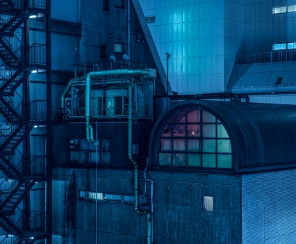 nihon-noir-tom-blachford-tokyo-blade-runner-photography-_dezeen_2364_col_0-1704x1137