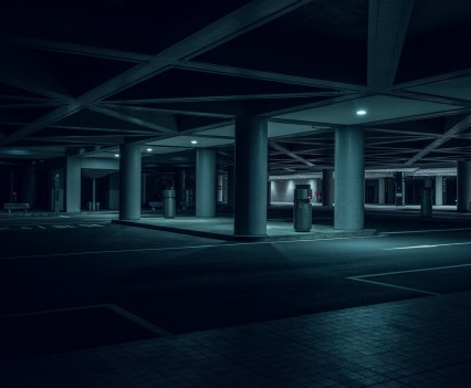 nihon-noir-tom-blachford-tokyo-blade-runner-photography-_dezeen_2364_col_5