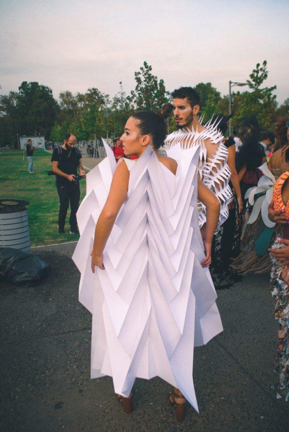 Μια βόλτα στην πιο οικολογική επίδειξη μόδας, στην Νέα Παραλία!