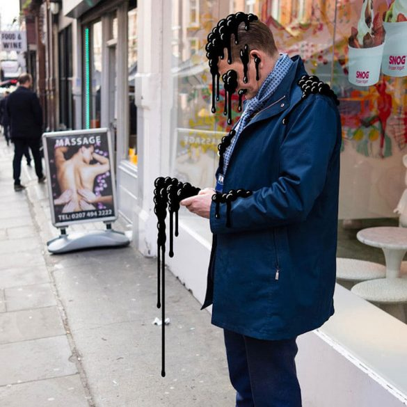 Phone Buddies: O Andrew Rae σχεδιάζει τέρατα για όσους είναι απορροφημένοι στο texting!