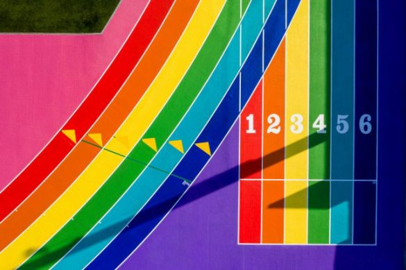 Los Angeles: Διάδρομοι στίβου βαμμένοι στα χρώματα του Pride!
