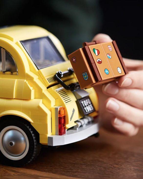 Ένα Fiat 500F φτιαγμένο από Lego!