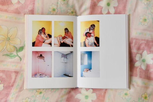 The Journal: Φωτογραφίζοντας την καθημερινότητα 400 γυναικών στην καραντίνα.