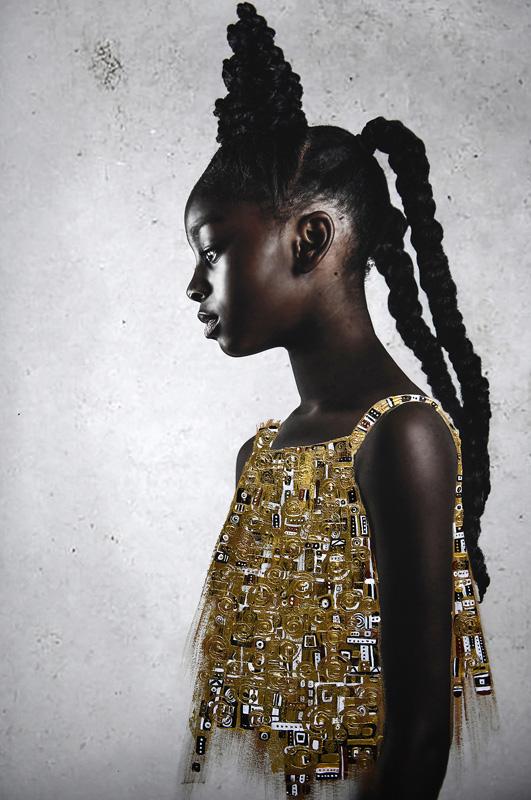 Οι εικόνες της Tawny Chatmon είναι ένας ύμνος ομορφιάς στη Μαύρη κοινότητα!