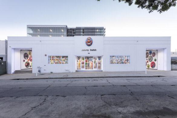 Τα emojis του Kenny Scharf, σε γκαλερί του Λος Άντζελες!
