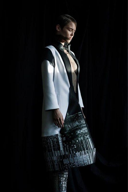 Το φουτουριστικό brand μόδας FUENF από το Βερολίνο.