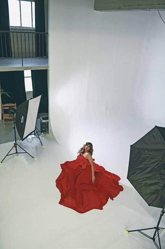 Η drag Malena Sparkle, ένα σύγχρονο Tik Tok sensation.