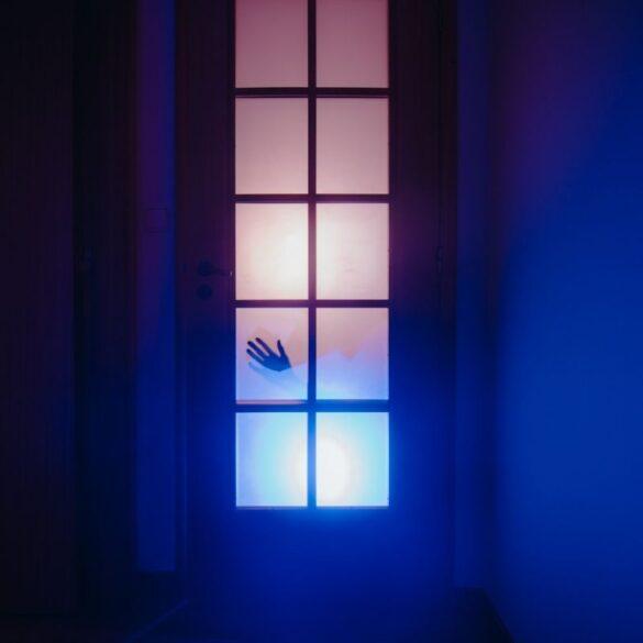[WΟ]ΜΑΝsion: Όταν κάθε δωμάτιο του σπιτιού «κατοικείται» από μία φωτογράφο.